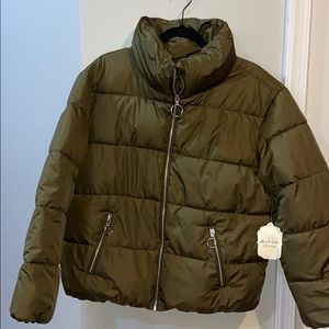 Olive green NWT Altar'd state puffer coat sz large